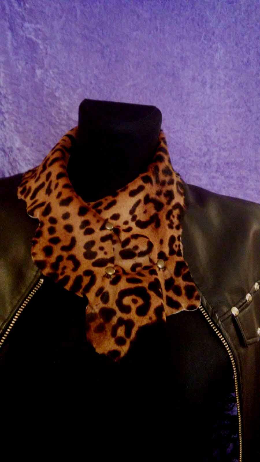Pañoleta leopardo marrón